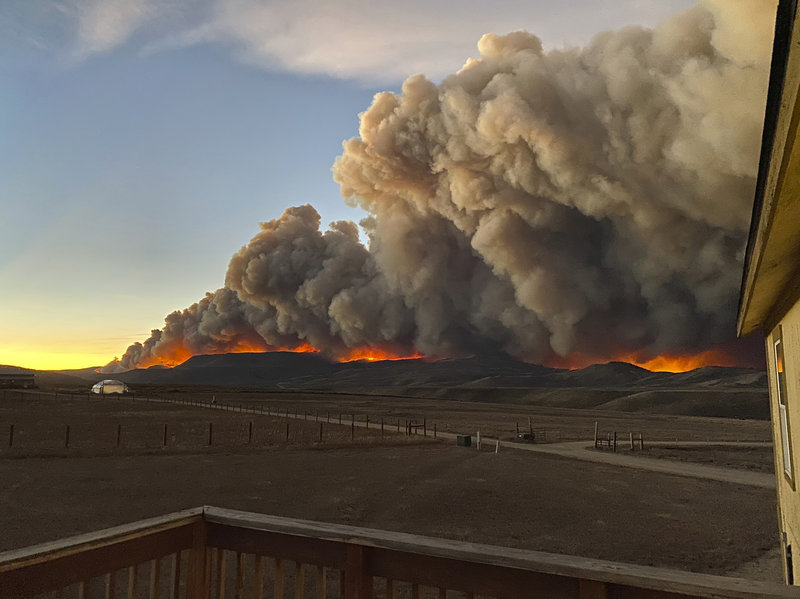 Colorado Fire Grows By Over 100,000 Acres In 1 Day, Hits Rocky Mountain National Park Already battling the largest fire in state history, Colorado is now