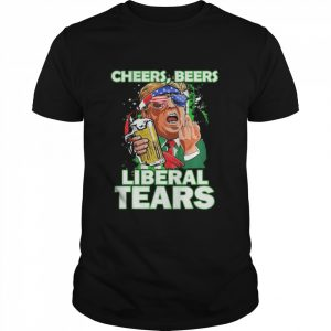 Cheers beers liberal tears Trump holding beer patricks day  Classic Men's T-shirt